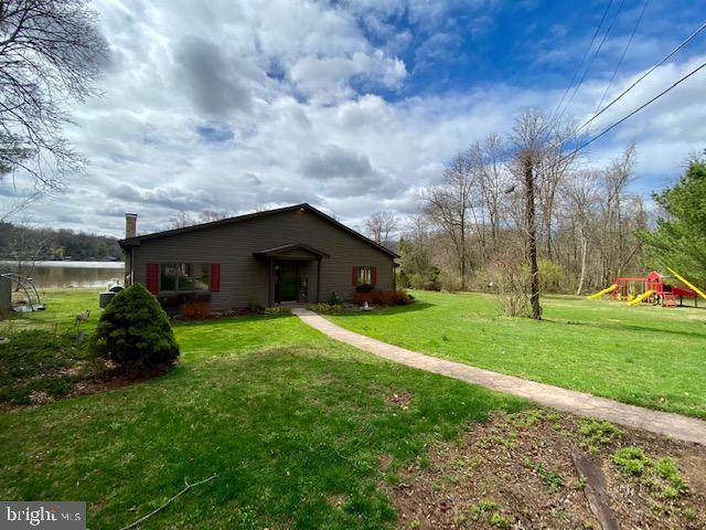 814 Marie Avenue, LEWISBERRY, PA 17339 (#PAYK136086) :: The Joy Daniels Real Estate Group