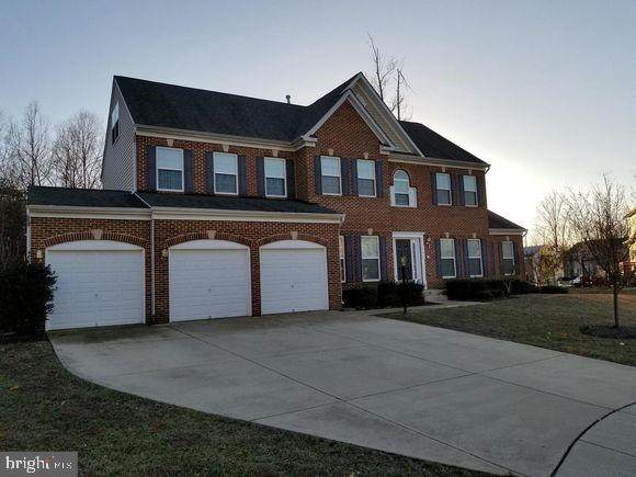 702 Manokeek Court, ACCOKEEK, MD 20607 (#MDPG564854) :: The Miller Team