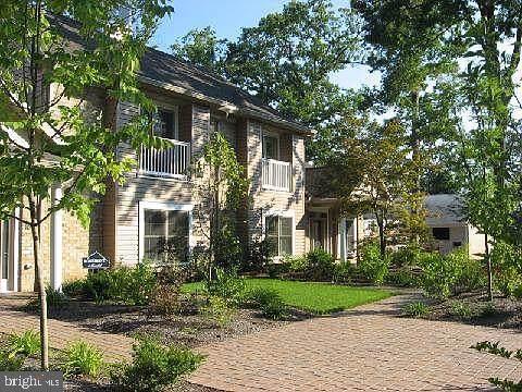 105 High Pointe Drive, HUMMELSTOWN, PA 17036 (#PADA120694) :: Shamrock Realty Group, Inc