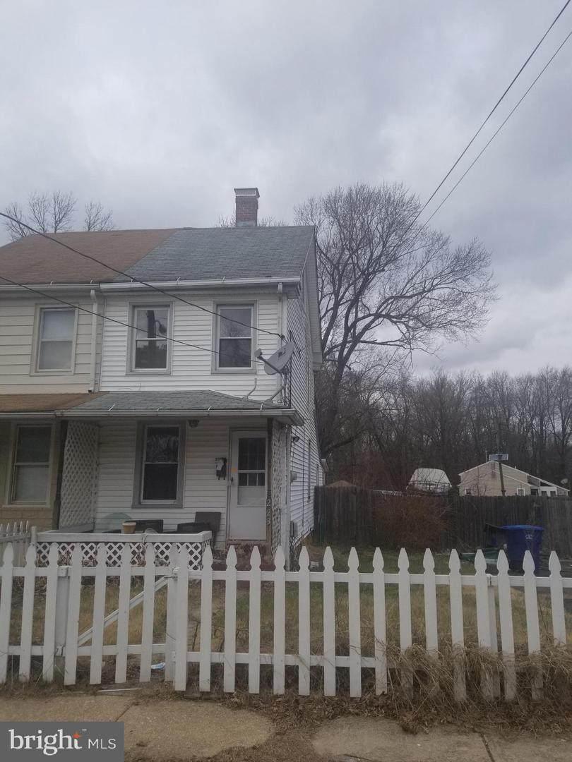 223 Chestnut Street - Photo 1