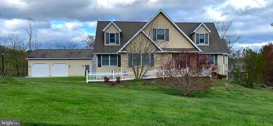 33 Maple Avenue, PINE GROVE, PA 17963 (#PASK130508) :: RE/MAX Advantage Realty