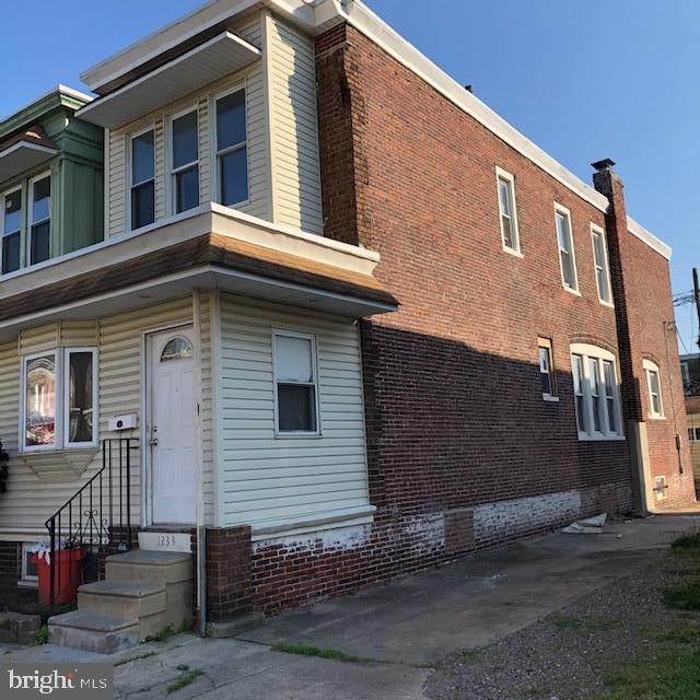 1233 Kenwood Avenue, CAMDEN, NJ 08103 (#NJCD393064) :: Revol Real Estate