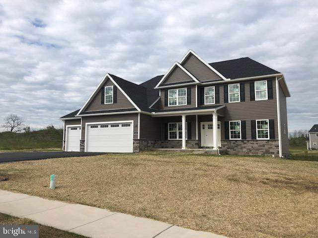 162 Delanie Drive, GREENCASTLE, PA 17225 (#PAFL172564) :: The Heather Neidlinger Team With Berkshire Hathaway HomeServices Homesale Realty