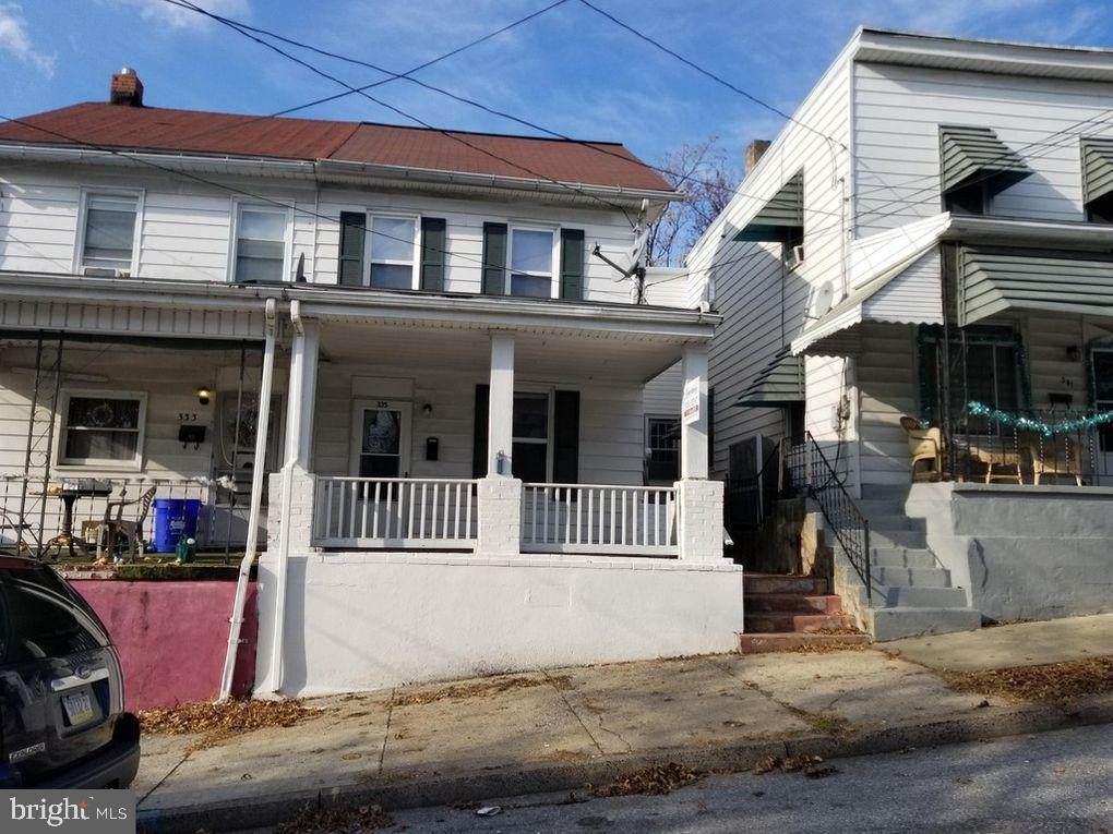 335 Lincoln Street - Photo 1