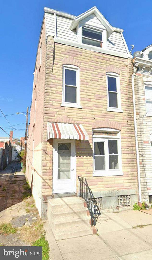 915 Spruce Street, READING, PA 19602 (#PABK357568) :: LoCoMusings