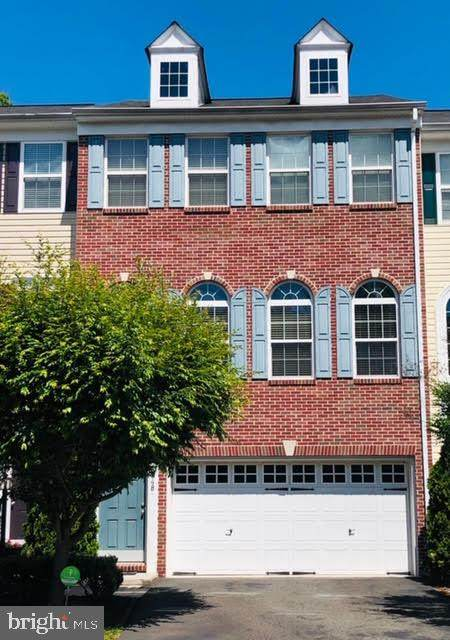 8348 Leighlex Court, MANASSAS, VA 20111 (#VAPW494944) :: Radiant Home Group