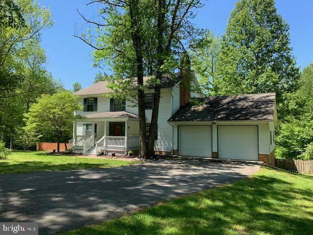 33 Berkshire Lane, SPOTSYLVANIA, VA 22551 (#VASP222028) :: Gail Nyman Group