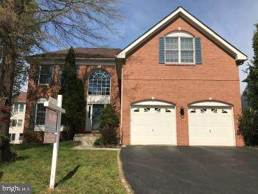 2830 Thistleberry Court, HERNDON, VA 20171 (#VAFX1129540) :: The Vashist Group