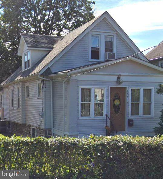 205 Windsor Avenue, UPPER DARBY, PA 19082 (MLS #PADE518846) :: The Premier Group NJ @ Re/Max Central