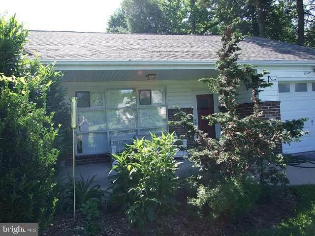 1363 Meetinghouse Road, HUNTINGDON VALLEY, PA 19006 (#PAMC649546) :: LoCoMusings