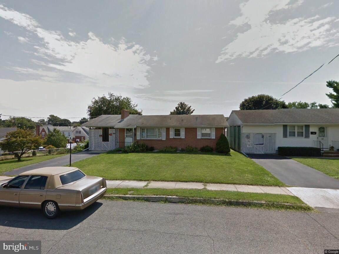 332 Wakefield Road - Photo 1