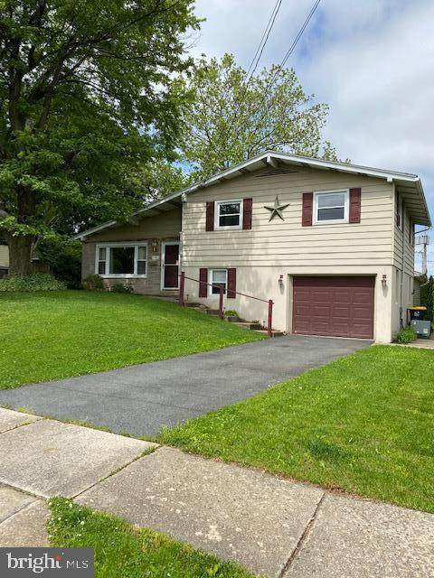 26 S Pearl Street, WERNERSVILLE, PA 19565 (#PABK358072) :: Ramus Realty Group