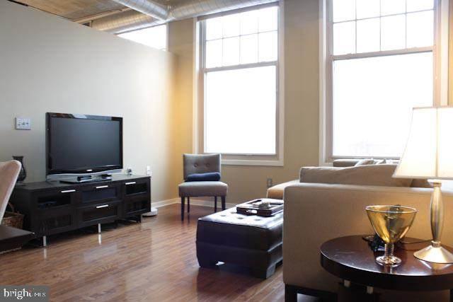 130 N 2ND Street D3, PHILADELPHIA, PA 19106 (#PAPH899180) :: Tessier Real Estate