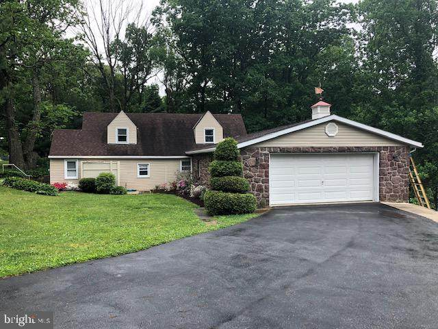 819 Imperial Drive, MOHNTON, PA 19540 (#PABK358282) :: Iron Valley Real Estate