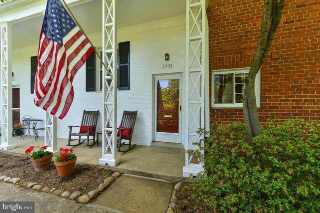 3404 Martha Custis Drive #304, ALEXANDRIA, VA 22302 (#VAAX246734) :: Radiant Home Group