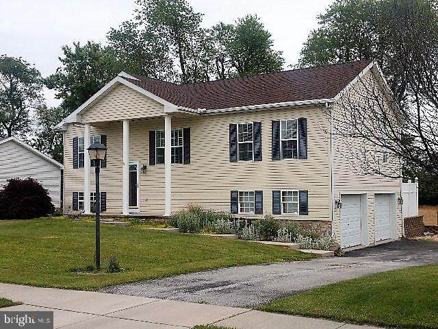 61 Test Road, HANOVER, PA 17331 (#PAYK138570) :: Iron Valley Real Estate