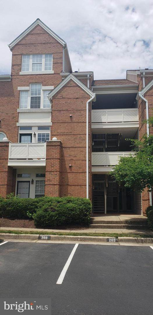 6804-D Brindle Heath Way #266, ALEXANDRIA, VA 22315 (#VAFX1132634) :: Jennifer Mack Properties