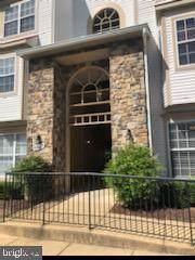 5947 Founders Hill Drive #101, ALEXANDRIA, VA 22310 (#VAFX1132788) :: Jennifer Mack Properties