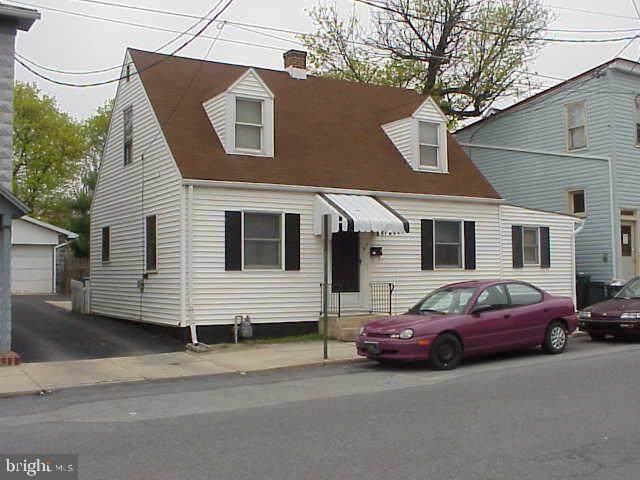 9 N Washington Street, SHIPPENSBURG, PA 17257 (#PACB124330) :: Flinchbaugh & Associates