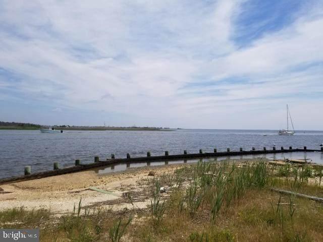 1420 Island View Drive - Photo 1