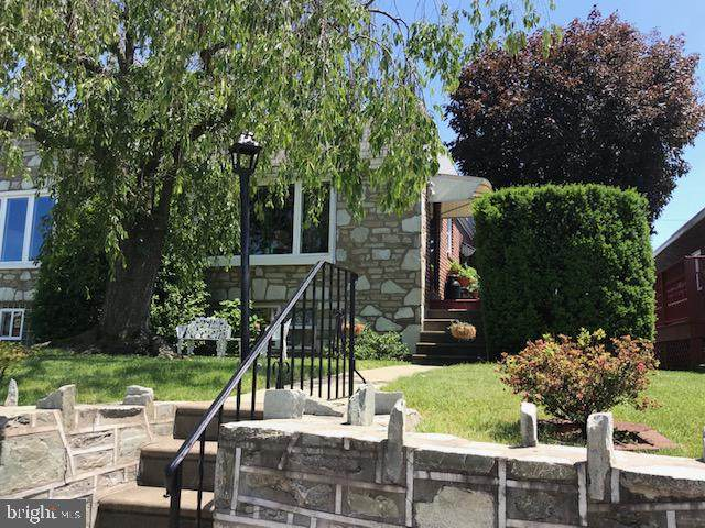 8905 Revere Street, PHILADELPHIA, PA 19152 (#PAPH903306) :: Larson Fine Properties
