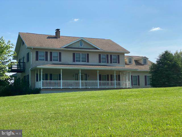 5518 Summit Lane, ROBERTSDALE, PA 16674 (#PAHU101550) :: The Joy Daniels Real Estate Group