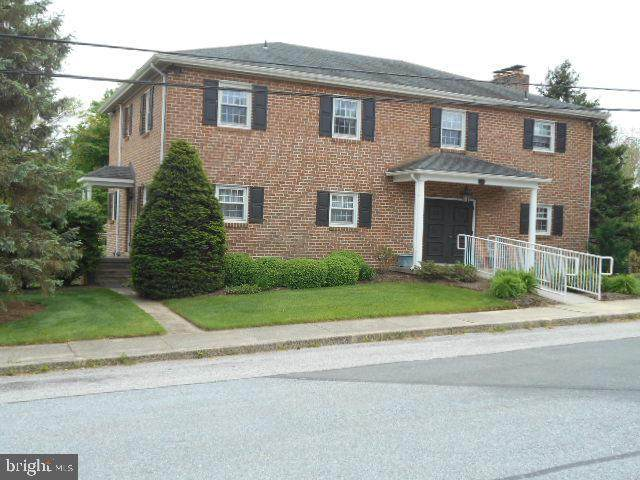 27 W High Street W, WINDSOR, PA 17366 (#PAYK139394) :: Iron Valley Real Estate