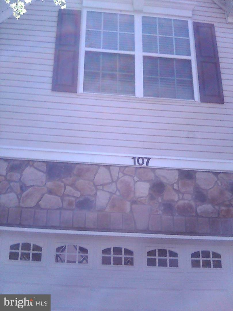 107 Newman Court - Photo 1