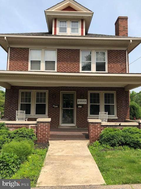 327 E Broad Street E, SOUDERTON, PA 18964 (#PAMC653064) :: LoCoMusings