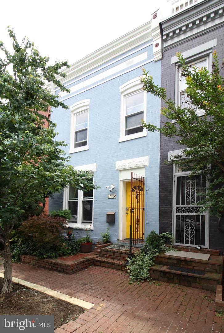 1720 Seaton Street - Photo 1