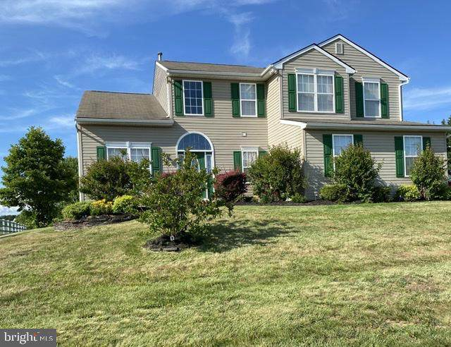 16 Crestpoint Drive, NEW CASTLE, DE 19720 (#DENC504238) :: The Team Sordelet Realty Group