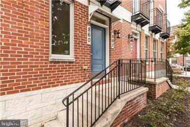 860 E Lombard Street, BALTIMORE, MD 21202 (#MDBA515714) :: LoCoMusings