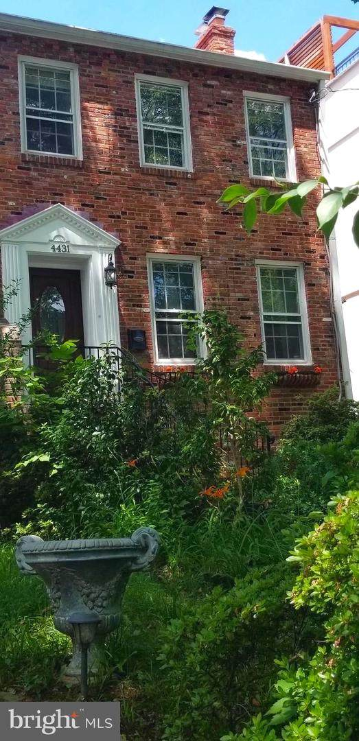 4431 P Street NW, WASHINGTON, DC 20007 (#DCDC475846) :: Corner House Realty