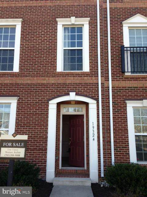 19324 Gardner View Square, LEESBURG, VA 20176 (#VALO415354) :: Debbie Dogrul Associates - Long and Foster Real Estate