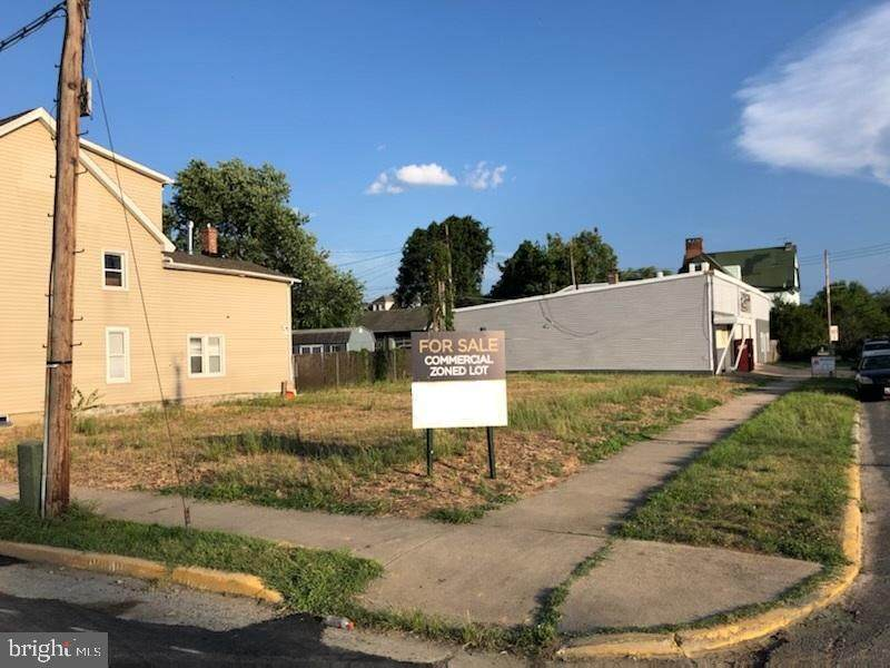 321 Adams Street - Photo 1