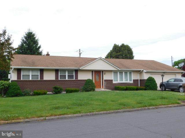 7521 Columbine Road, MACUNGIE, PA 18062 (#PALH114436) :: ExecuHome Realty