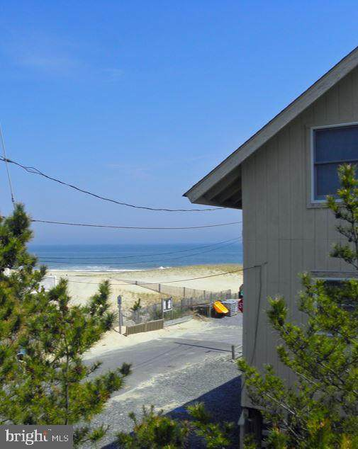 4 N 6TH Street, BETHANY BEACH, DE 19930 (#DESU164260) :: The Allison Stine Team