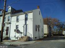 131 E Arch Street, YORK, PA 17401 (#PAYK141336) :: ExecuHome Realty