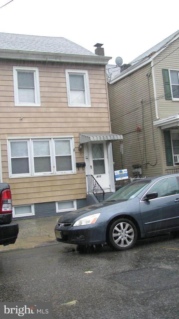 410 Cumberland Street, GLOUCESTER CITY, NJ 08030 (#NJCD397680) :: Daunno Realty Services, LLC