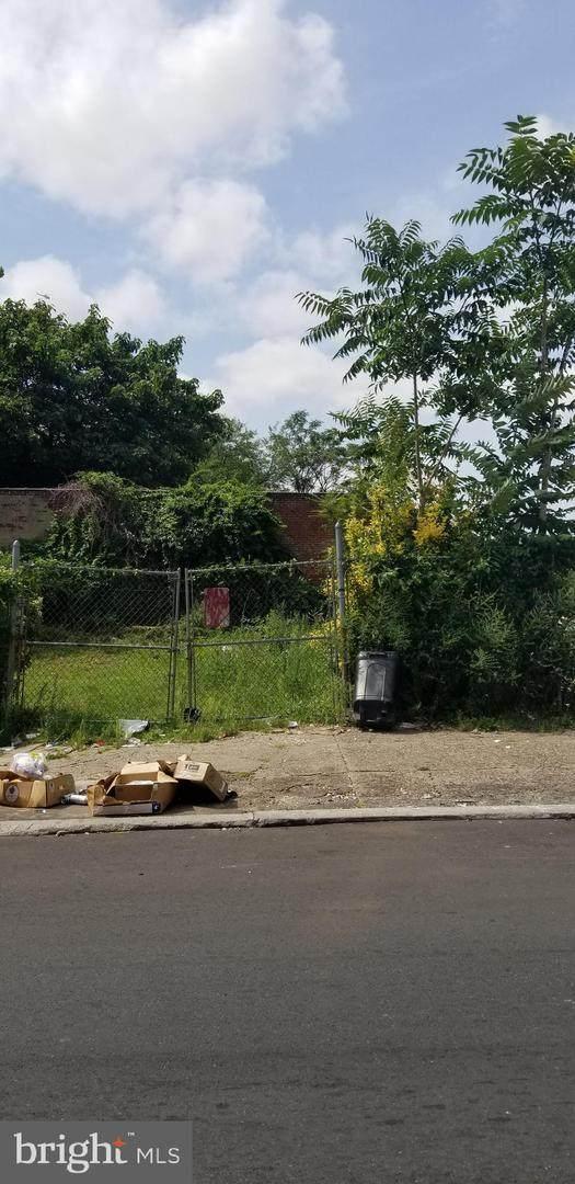 1520 Cumberland Street - Photo 1