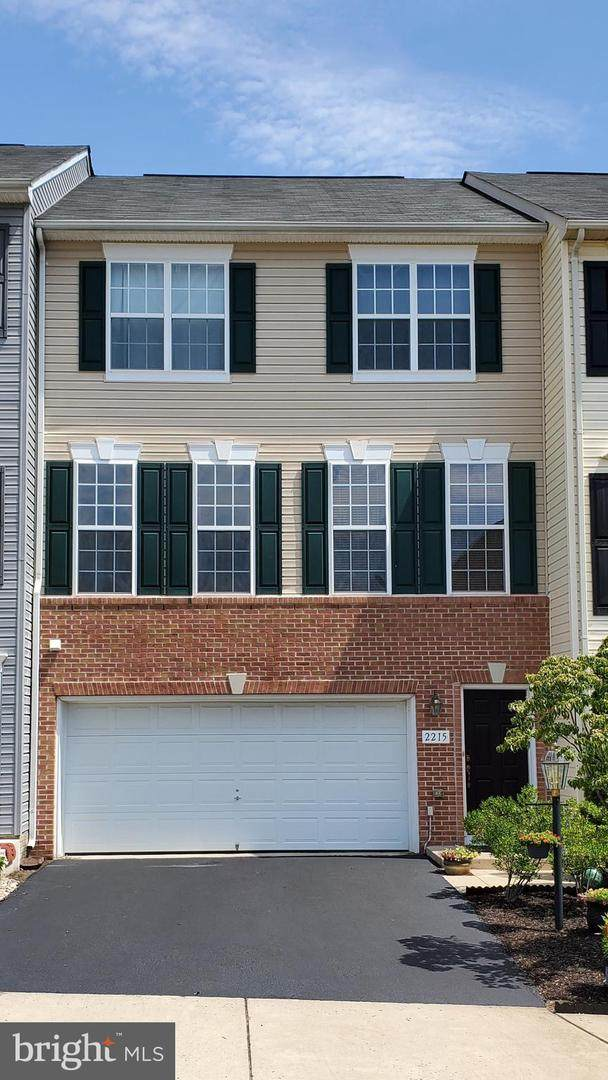 2215 Henry Watts Loop, WOODBRIDGE, VA 22191 (#VAPW499934) :: The Putnam Group