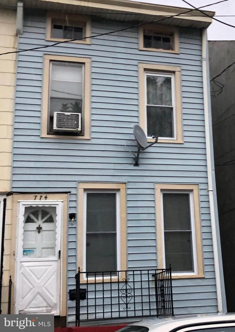774 Beatty Street - Photo 1