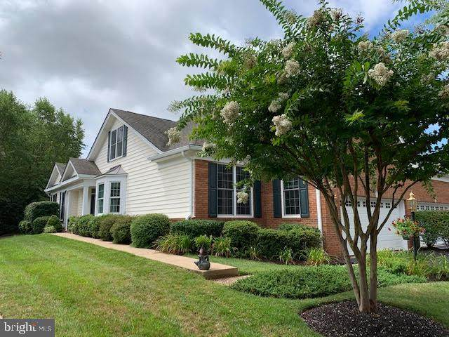 5494 Rodriquez Lane, HAYMARKET, VA 20169 (#VAPW500202) :: The Bob & Ronna Group