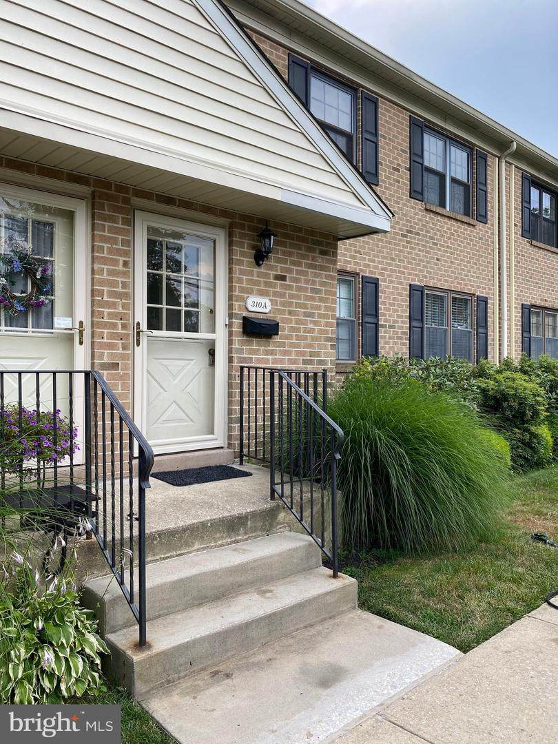 310 Windsor Avenue - Photo 1