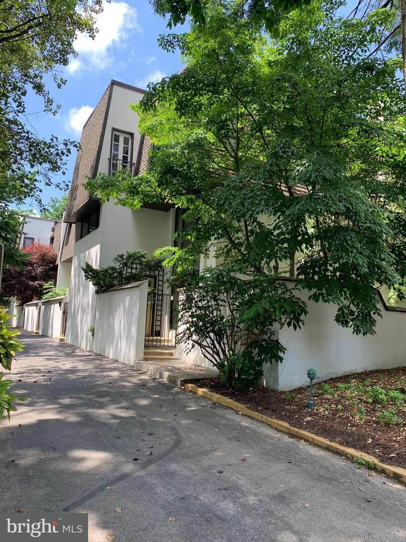 250 Montgomery Avenue - Photo 1