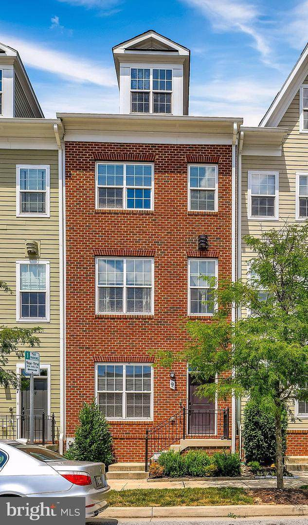 9 Gardenside Place, TOWSON, MD 21286 (#MDBC501346) :: Network Realty Group