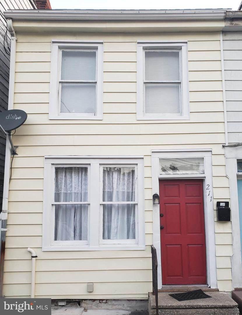 211 Philadelphia Street - Photo 1