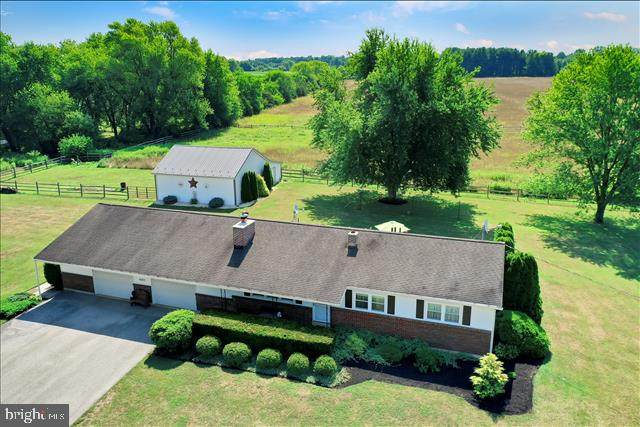 4095 Colonial Road, DOVER, PA 17315 (#PAYK142458) :: Liz Hamberger Real Estate Team of KW Keystone Realty
