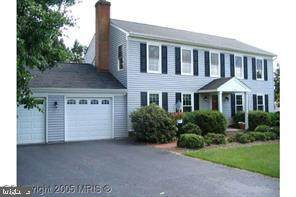 10206 Mckean Court, GREAT FALLS, VA 22066 (#VALO417904) :: The Piano Home Group