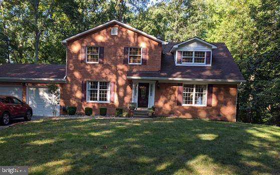 7041 Wintergreen Court, WARRENTON, VA 20187 (#VAFQ166624) :: Larson Fine Properties